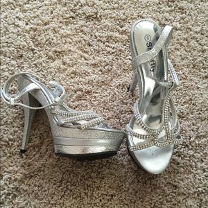 Silver Glitter and Rhinestone Strappy Pumps-Size 8
